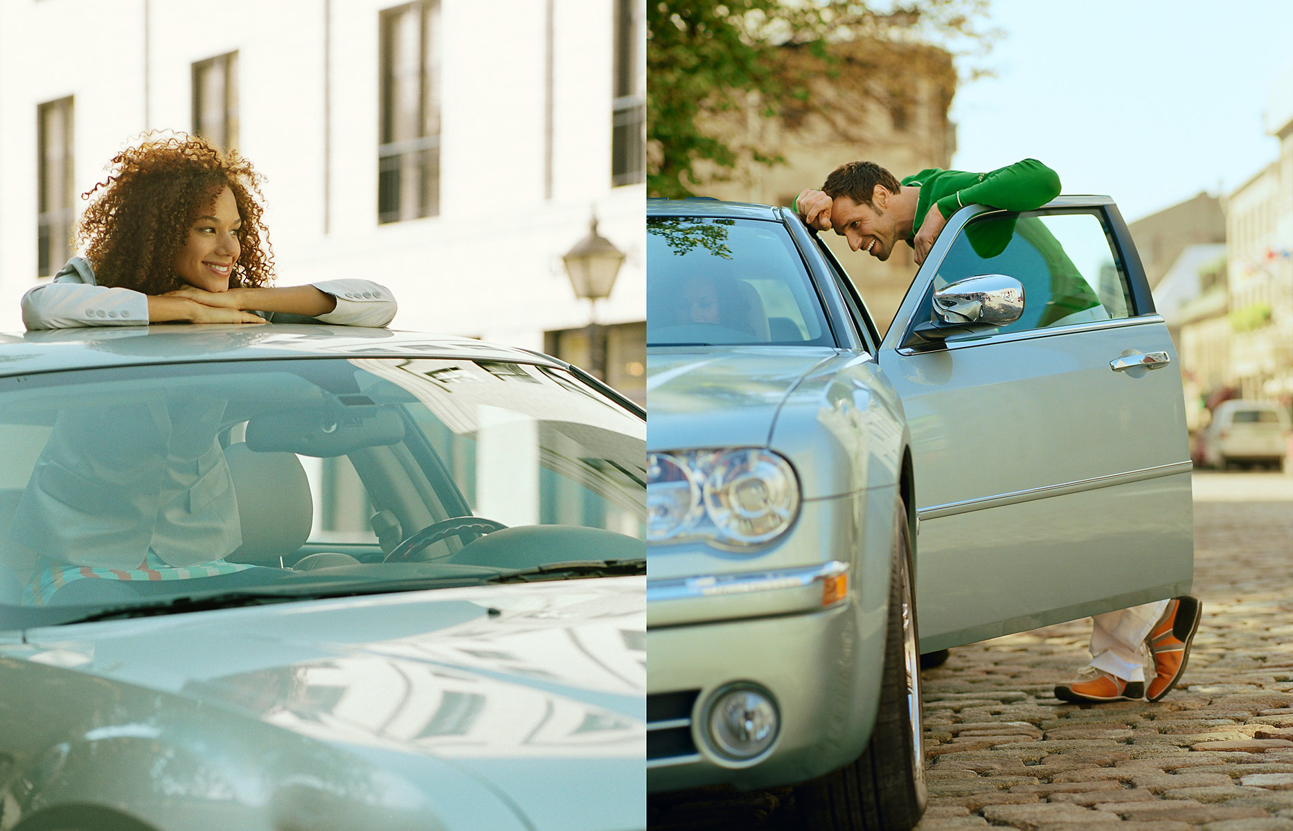 car_chrysler-woman_out_of_sunroofman_leaning_on_door-spread